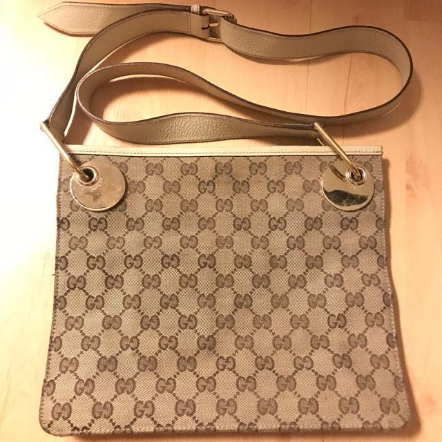 Gucci Sling Bag Authentic