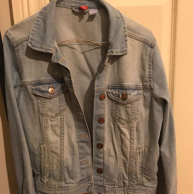 H&M Denim jacket lightwashed