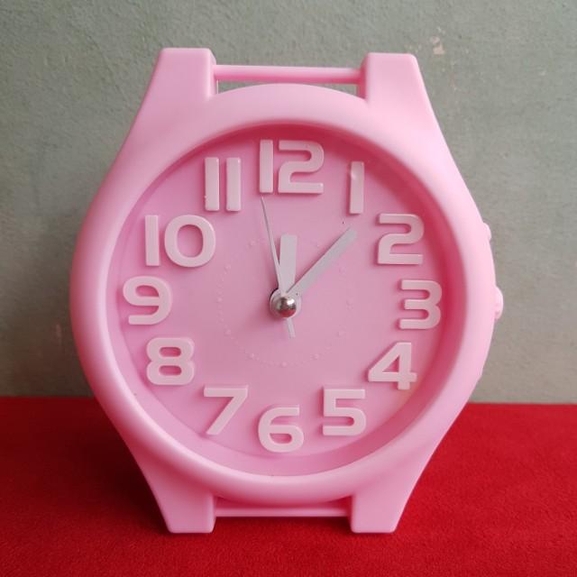 Jam weker pink