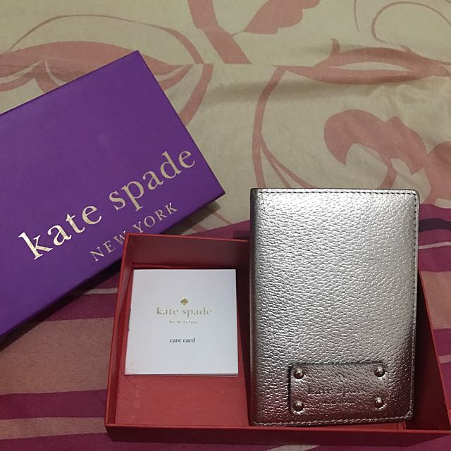 Kate Spade Passport Holder 100% Authentic