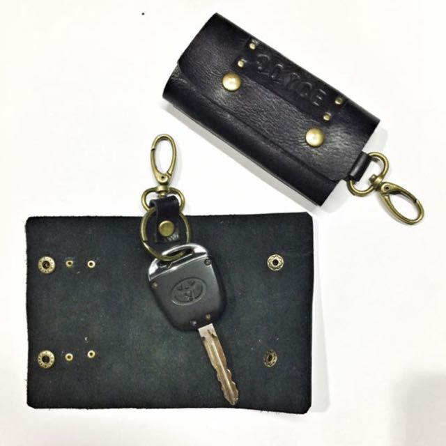 Keychain holder personalized