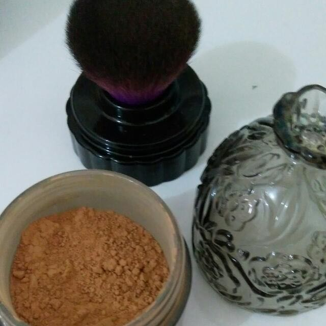 loose powder anna sui