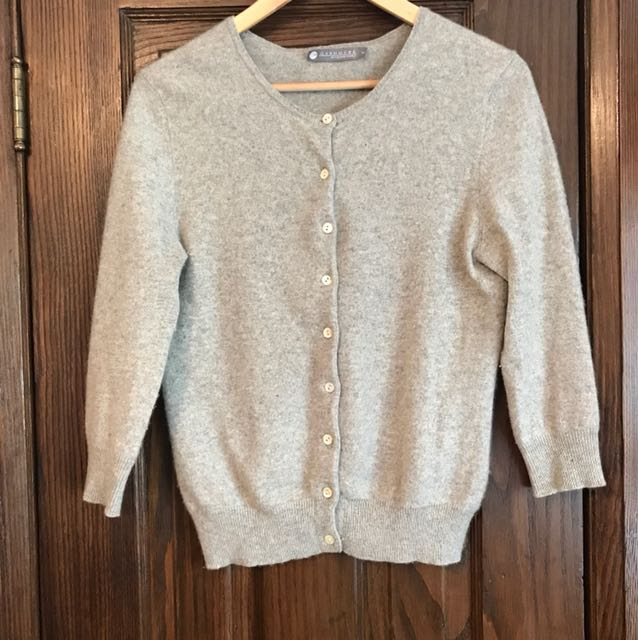 M cashmere cardigan with midi sleeves