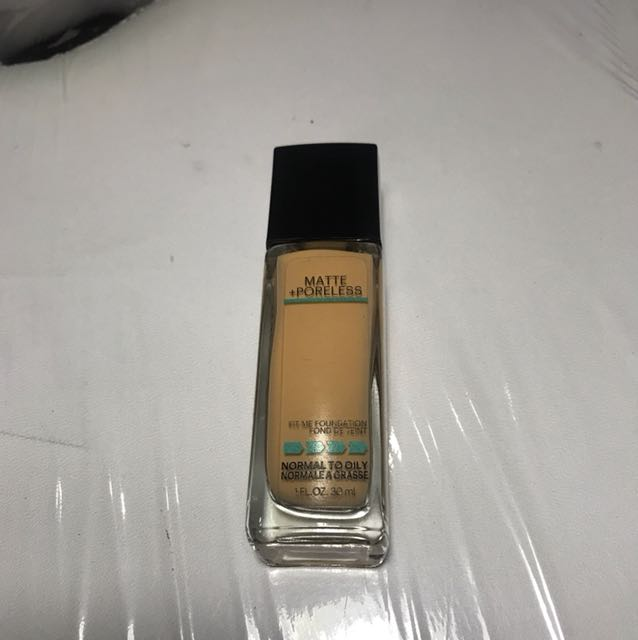Maybelline Fit Me 230 Foundation