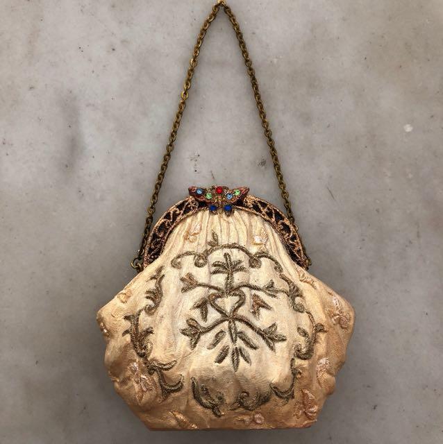 Miniature Venetian ceramic decoration purse