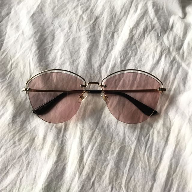 Must Have! Pink Sunglasses