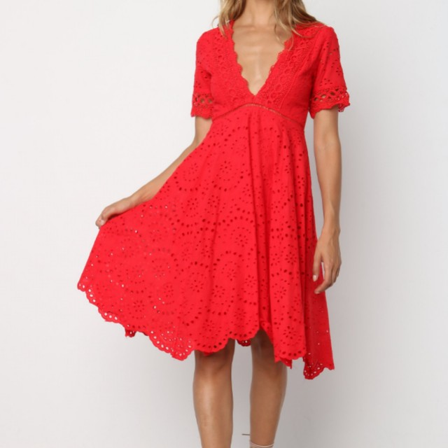 NEW Beautiful Red Broderie Dress Size 8