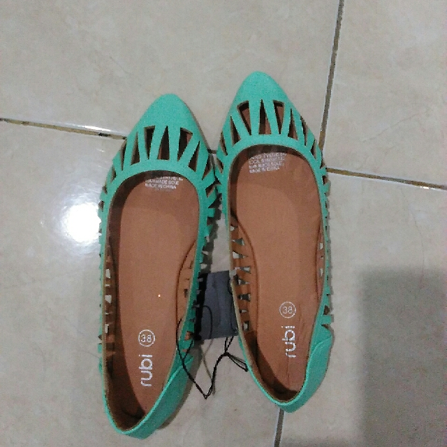 New Flat Shoes Rubi