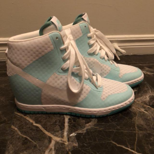 NEW Nike platform heel woman size 6