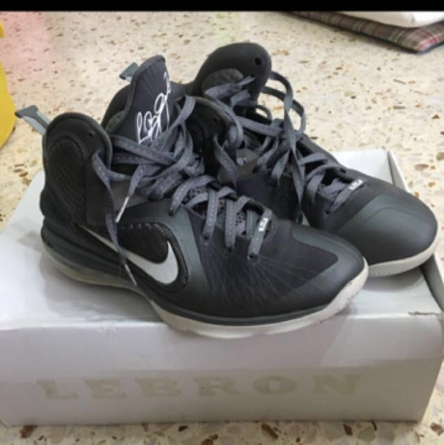 0a2d6ab5c79 Nike Lebron IX US11