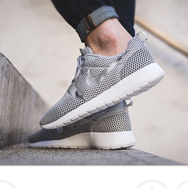 hot sales febe0 66e0a Nike Roshe One HYP BR GPX on Carousell