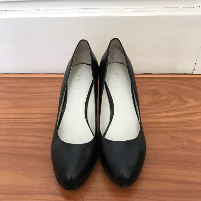 Nine West Black Shoes 6 1/2