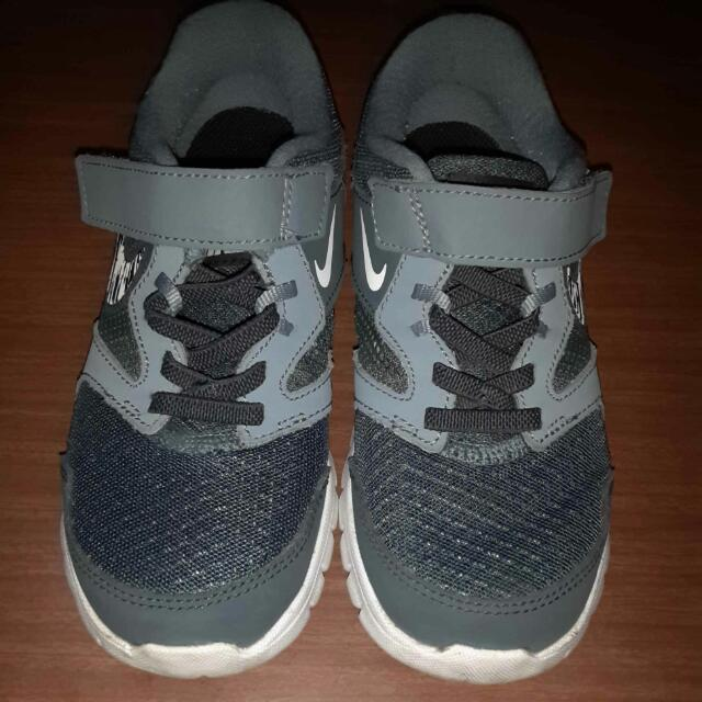 original nike shoes size us 13c