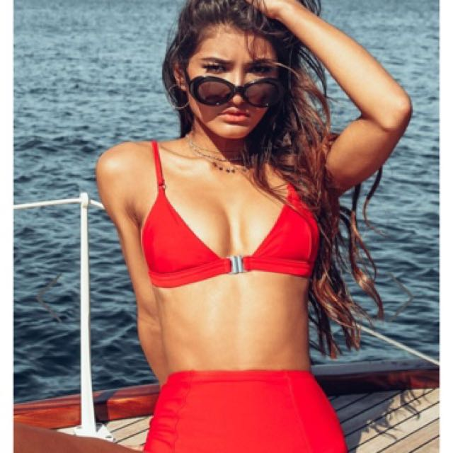 Poppy swim set