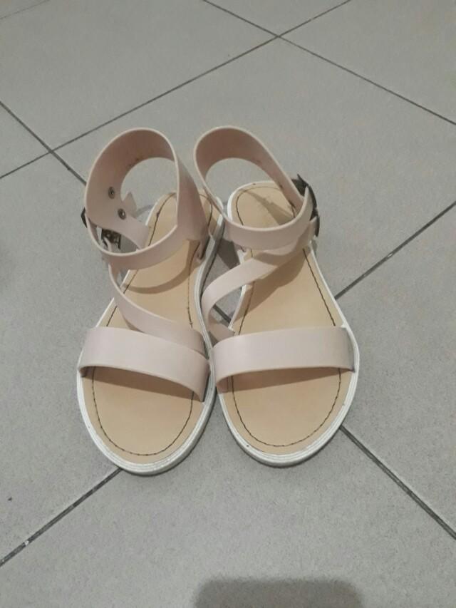 Reva slipper