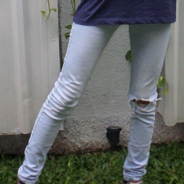 Ripped jeans bershka