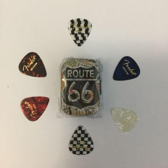 Route 66 Mini pick tins with 6 Premium Fender plectrums