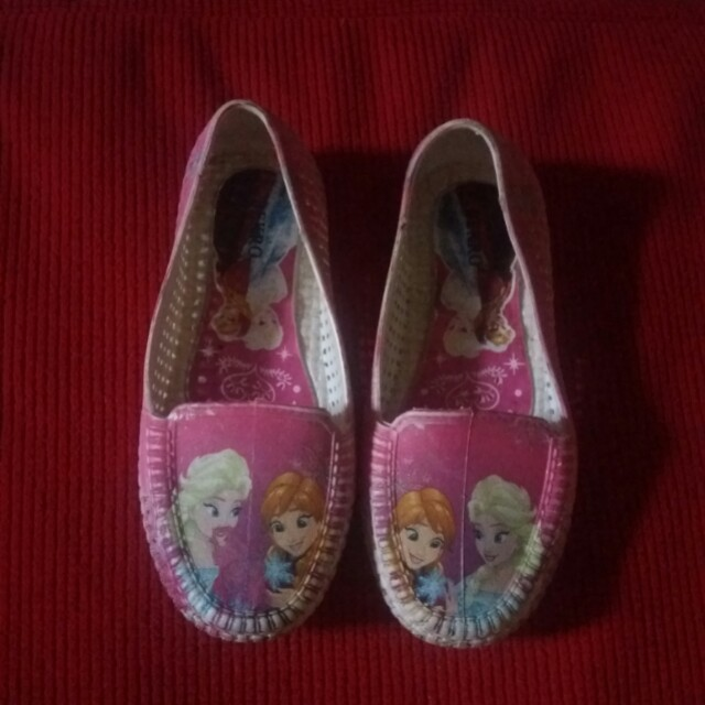 Sepatu anak karakter frozen merk BEkro c04af09b6c
