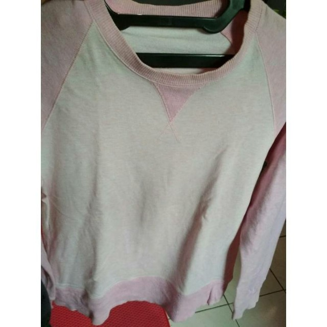 sweater uniqlo (mix 3pcs 100k)