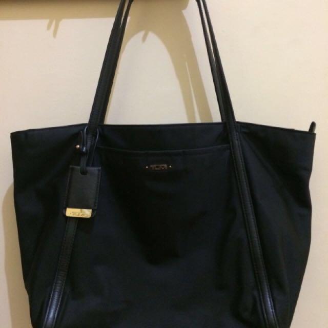 TUMI Original Woman Shoulder Bag