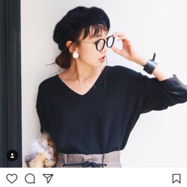 [二手]Ungrid 人造絲V領素面百搭定番款針織衫/毛衣 黑色 #好想找到對的人