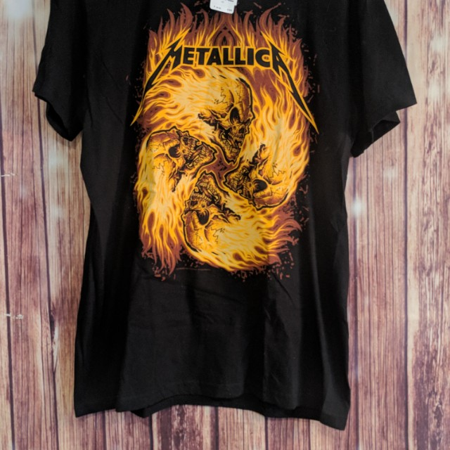Unisex Metallica oversized T shirt Large New with tags