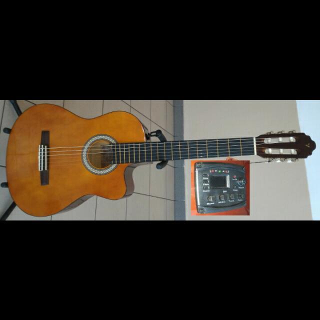 Valencia Classical Guitar CG150CE Pickup Tuner