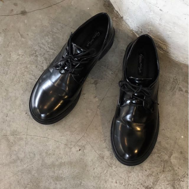 (僅試穿)zebracrossing增高小皮鞋