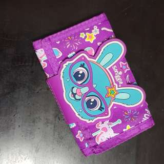 2 fold scented smiggle wallet