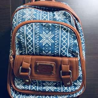 圖騰設計款背包 #舊愛換新歡