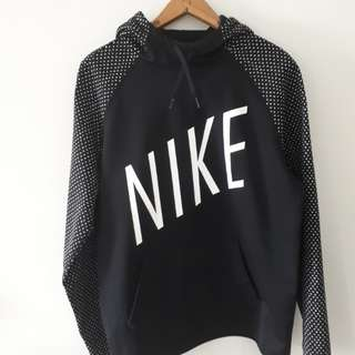 Nike Women's Thermal Graphic Hoodie Sweater, size Large