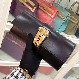 全新 Hermes 黑色金扣 CDC 手包 🎩✈️一個錢包價格買走全新手包👋便宜死了
