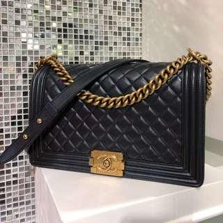 Chanel 黑色金扣菱格leboy 28cm 🎩99新美品 ☝🏻原價4w+,現貨好價🔥