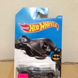 Hotwheels 1989 Batmobile 1:64 scale