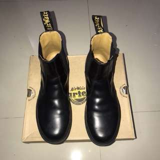 Dr. Martens Chelsea Boot Black Size UK 8 / US 9
