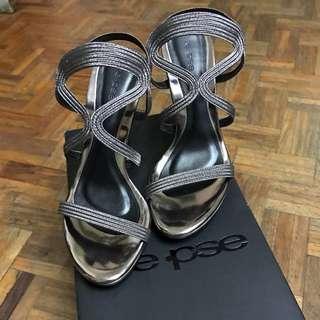 E•pse high heeled shoes