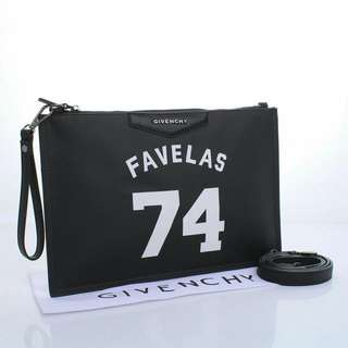 Givenchy Pouch 001  - Favelas