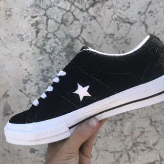 Converse one star 74 ox black premium suede