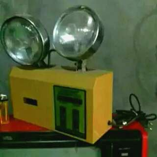 Lampu emergency jadul