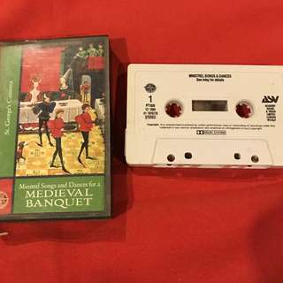 Minstrel Songs and Dances for a Medieval Banquet (audio cassette recording)