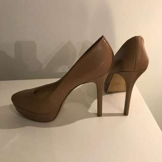 Nine West women's beige heels - size 9.5