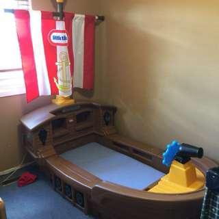 Captain child's bed