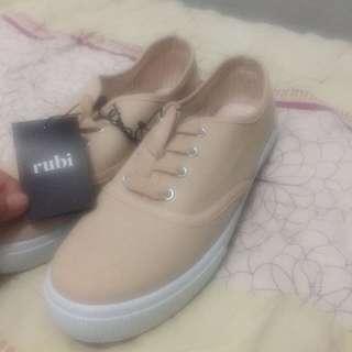 New sneaker Original Rubi