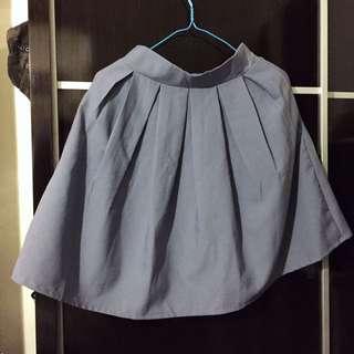 灰藍色 半截百摺裙 較厚身 有打底 不透 有拉鍊及橡根腰位