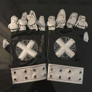 Hit man reborn gloves