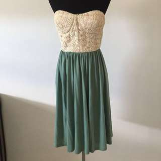 Cute Strapless Dress Size 12-14