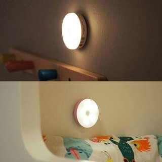 迷你  磁吸 LED 充電小夜燈