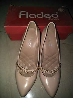 sepatu heels fladeo colour nude