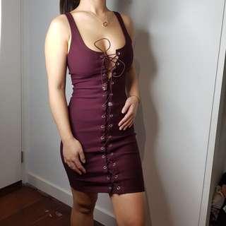 Burgundy mini laced dress
