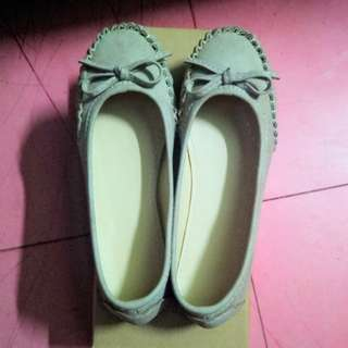 *REPRICED* Flat Shoes